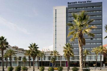 very well located 4 stars hotel <br> close to the Circuit de Barcelona-Catalunya